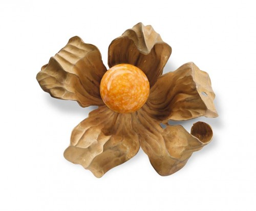 sun-orange-melo pearl-brooch