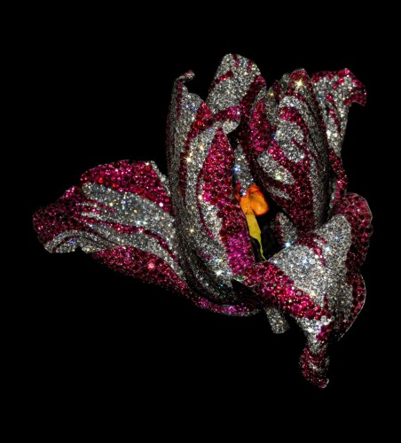 tulip-ruby-brooch